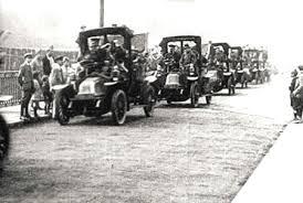 Un hecho curioso ocurrido durante la batalla fue la incautación de los taxis para llevar a más de 3.000 soldados al frente. Esto fue llevado a cabo por Gallieni.