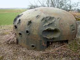 Bunker con impactos de 88mm.