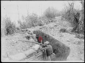 Soldados italianos durante la 1ª Guerra Mundial armados con fusiles M91.