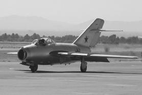 Ming-15, caza a reacción usado por Corea del Norte en la guerra. Eran proporcionados por la URSS.