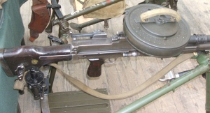 Cargador de 100 disparos de la ametralladora ligera Bren.