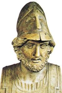 Temístocles. Líder ateniense que reformo la flota añadiéndole un mayor número de unidades.