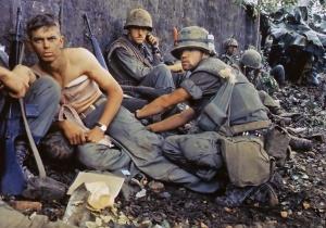 Soldados estadounidenses en Hue.