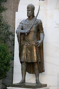Estatua de Constantino XI , último emperador del Imperio Bizantino.