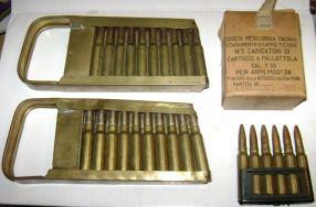 Peines de la Breda M30 del poco usado 7´35mm. Esta versión de la ametralladora se llamó Breda M37.