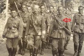 Soldados alemanes armados con carabinas berthier durante la 2ª Guerra Mundial.