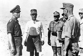 Erwin Rommel durante la batalla.