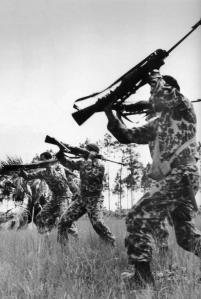 brigadas-del-2506-siendo-adiestradas-antes-de-intervenir-en-cuba