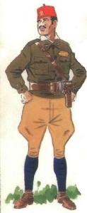 (4) Sargento en uniforme de campaña.