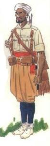 (2) Soldado indígena en uniforme de campaña en verano.