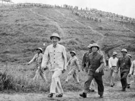 Ho Chi Minh y Giap