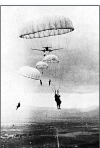 French_parachutes_at_Dien_Bien_Phu