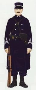 35- Gendarme a pie